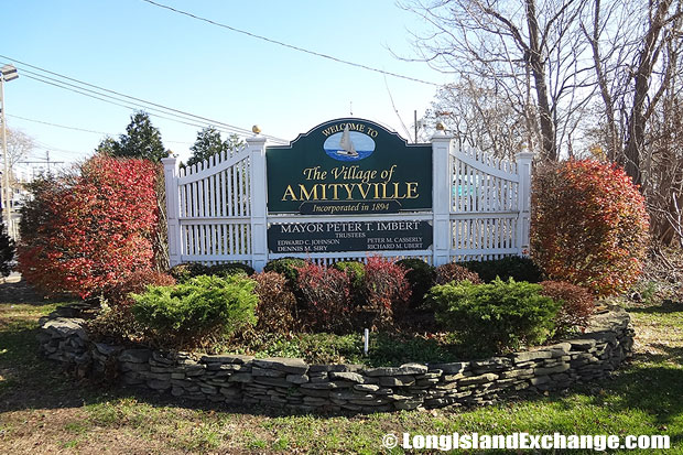 Amityville Village Welcome Sign