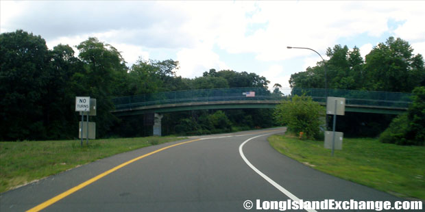 Bethpage State Parkway Beginning of Northbound road from Southern State Parkway, North Massapequa