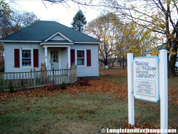 Baiting Hollow Library