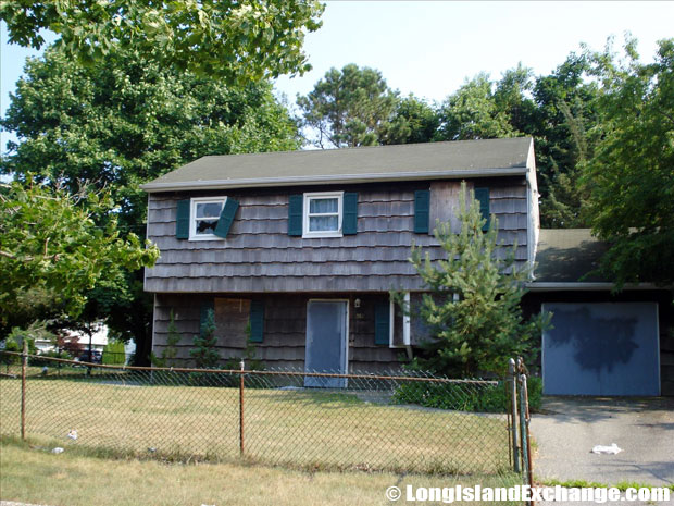 Bellport Foreclosure