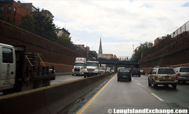 Brooklyn Queens Expressway Westbound towards the Battery Tunnel, Carroll Gardens Brooklyn