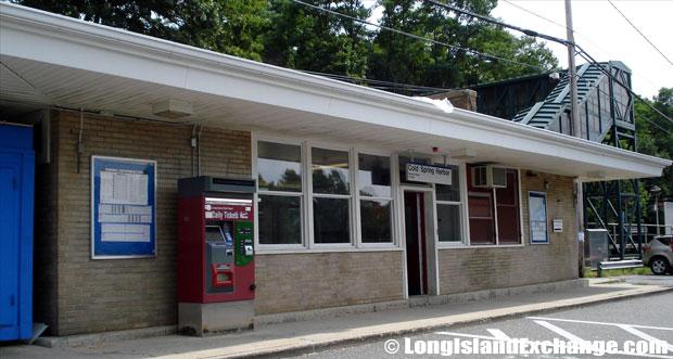 Cold Spring Harbor Train Station