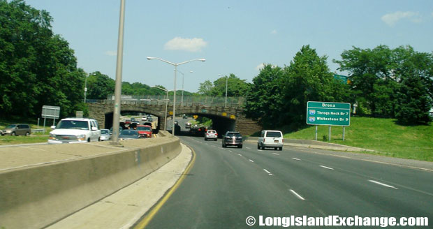 Cross Island Parkway Northbound approaching Hempstead Turnpike, Cambria Heights