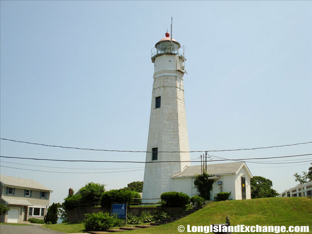Eatons Neck Lighthouse