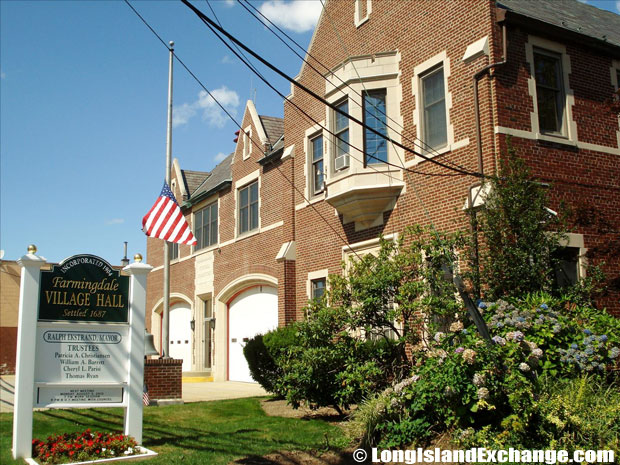 Farmingdale Town Hall