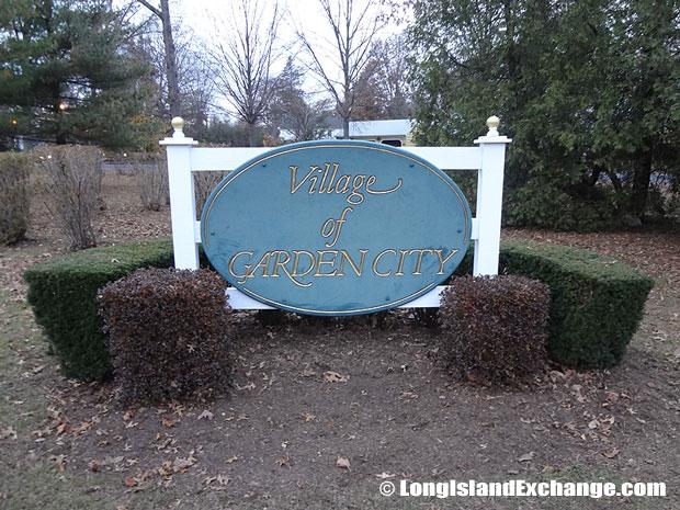 Garden City Sign