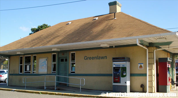 Greenlawn Train Station