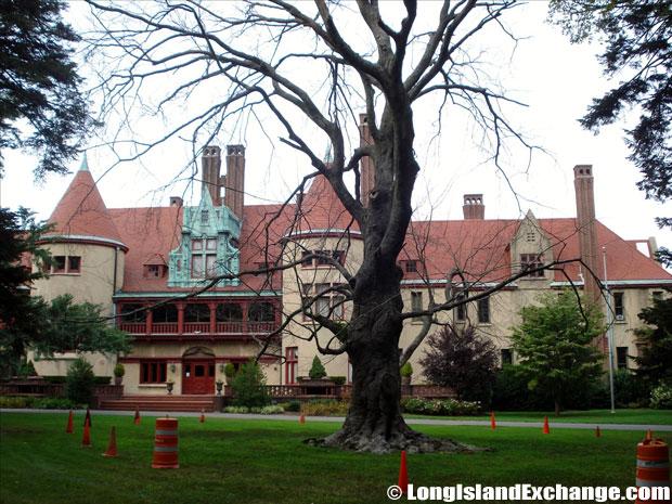 Huntington Coindre Hall