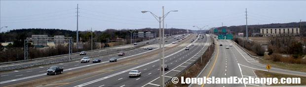 Long Island Expressway looking West from Sagtikos Parkway Bridge