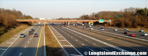 Long Island Expressway looking East from Sagtikos Parkway Bridge