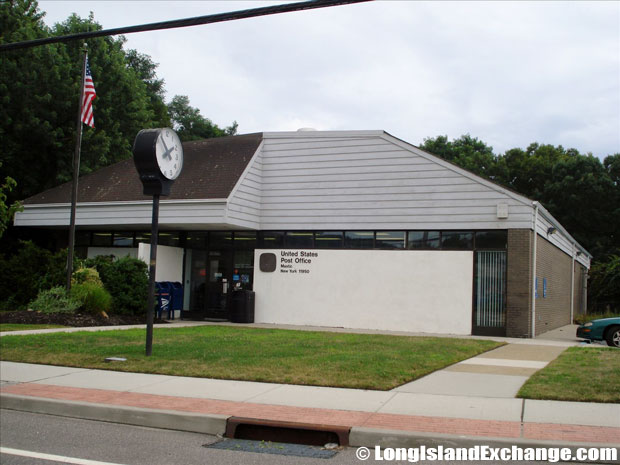 Mastic Post Office
