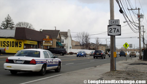 Montauk Highway Eastbound from Strongs Avenue, Copiague