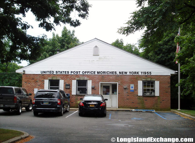 Moriches Post Office