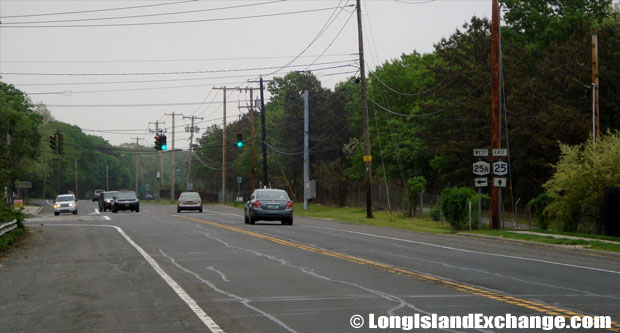 Route 25 Eastbound at Route25A Parker Road Intersection, Calverton