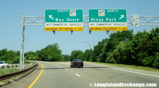 Sagtikos Parkway Entrance from Westbound Long Island Expressway, Commack