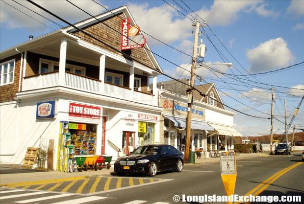 Shelter Island Storefronts