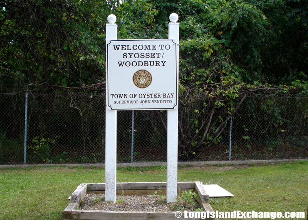 Syosset Welcome Sign