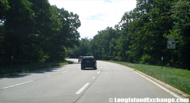 Wantagh State Parkway Southbound from Southern State Parkway, North Bellmore