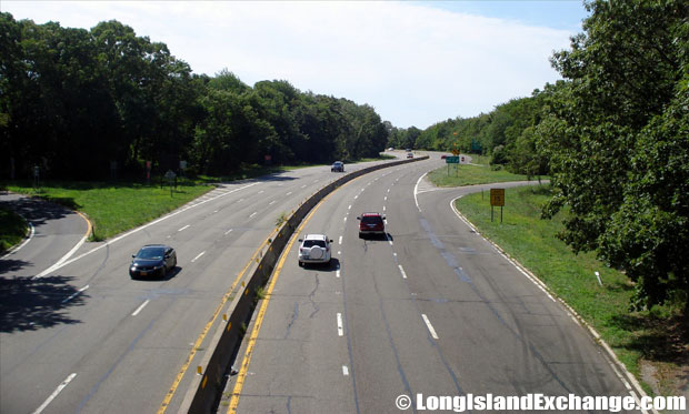 Wantagh State Parkway Southbound