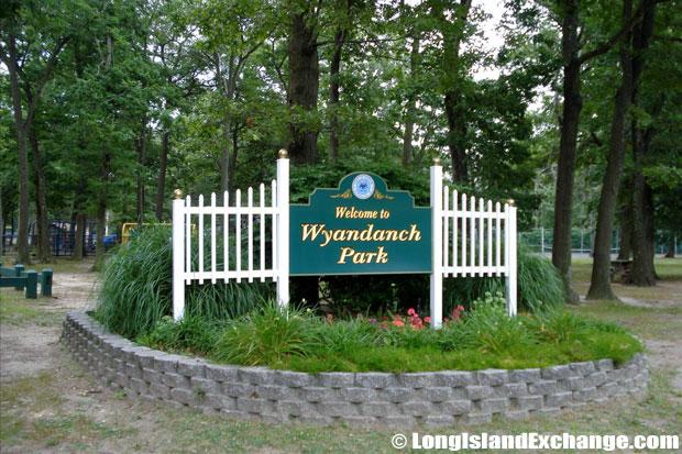 Wyandanch Park