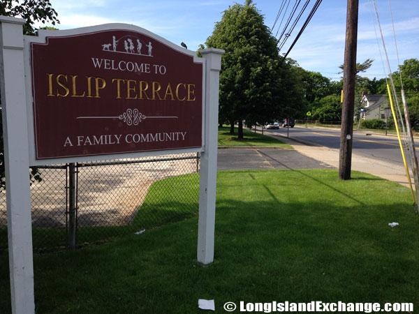 Islip Terrace Welcome Sign