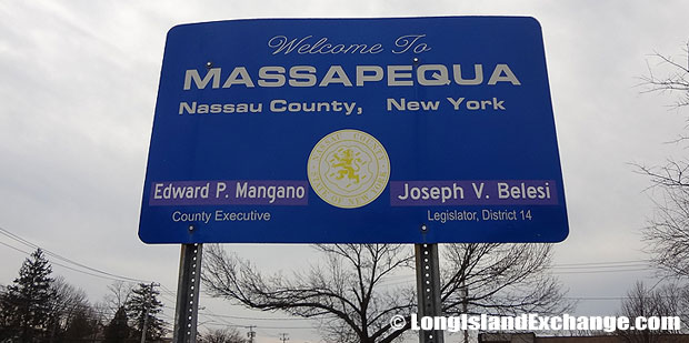 East Massapequa Sign