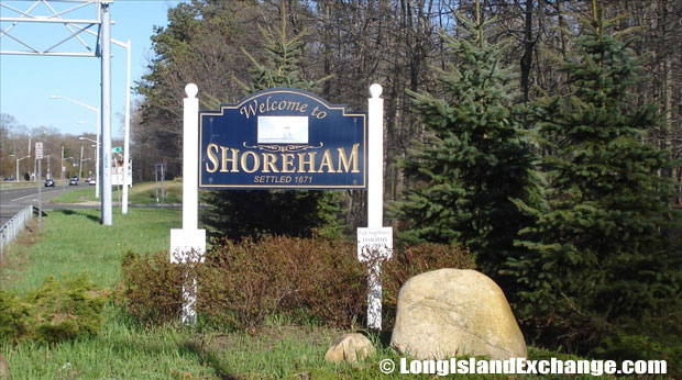 The neighborhood has a total area of 0.4 square miles all of it being land. Shoreham is 19 miles southeast of Milford, Connecticut; and about 58 miles east of New York City .
