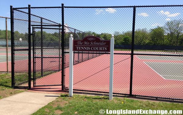 Mo Schneider Tennis Courts