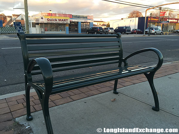 Bench Dutch Broadway