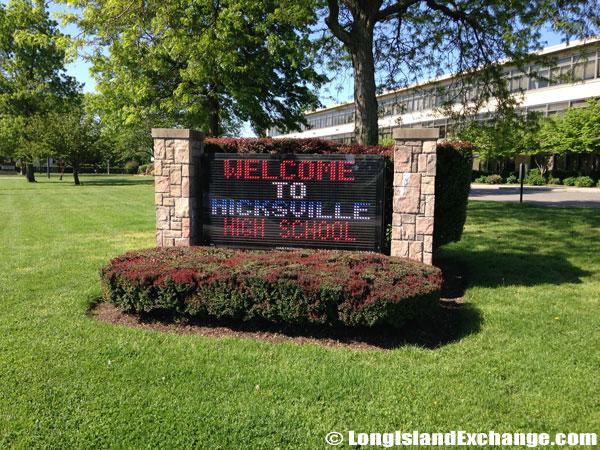Hicksville High School Digital Sign