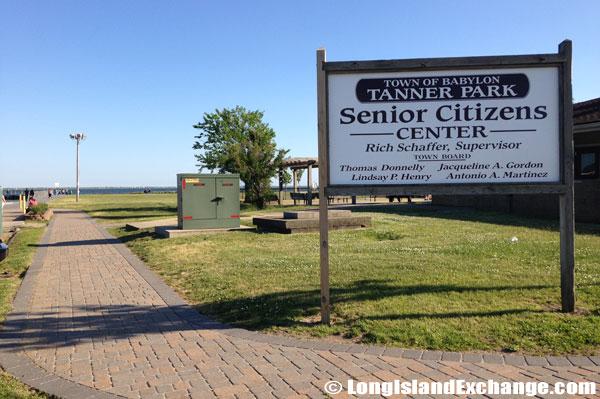Tanner Park Senior Center