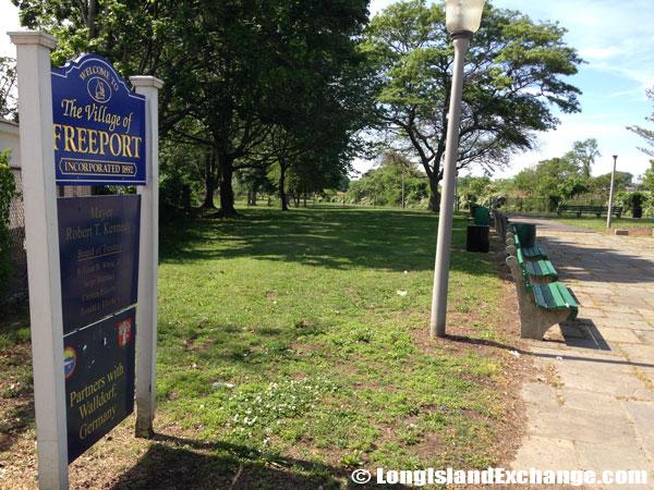 Freeport Sign across from Milburn Pond Park