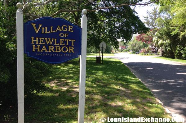 Hewlett Harbor Sign