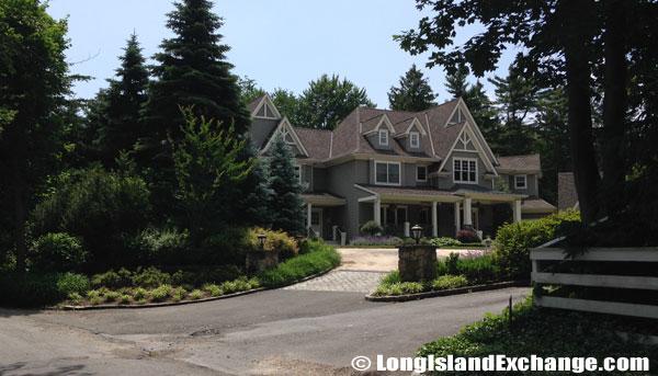 Laurel Hollow Homes