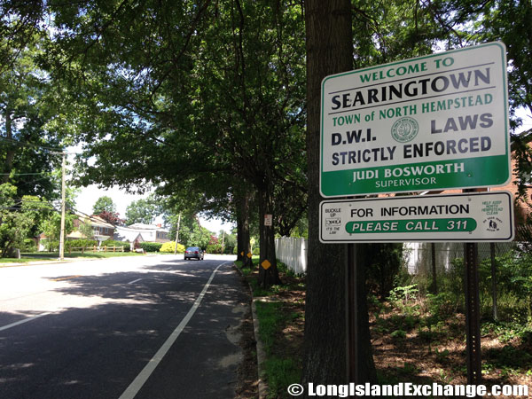 Searingtown Welcome Sign