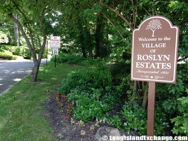 Roslyn Estates Welcome Sign