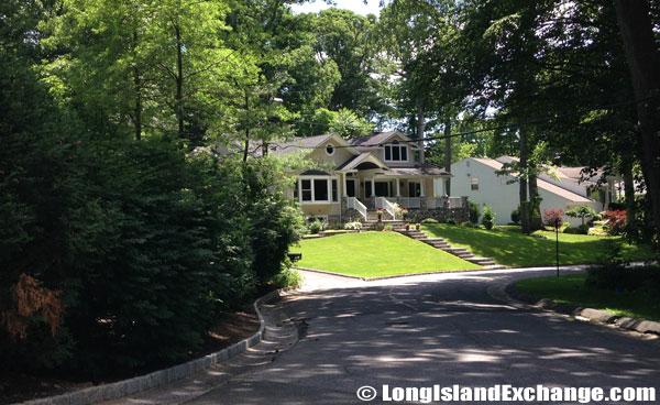 Roslyn Estates Home