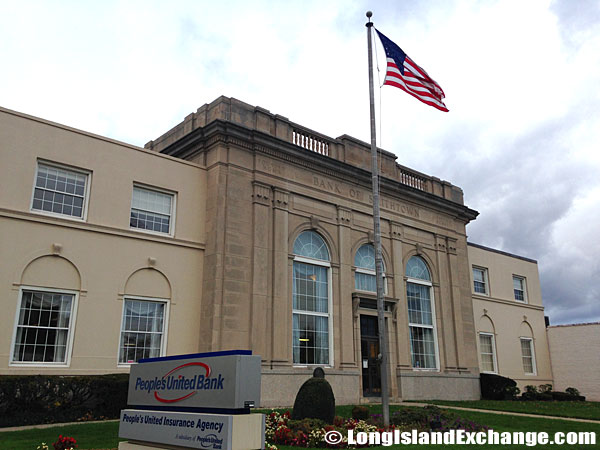 Bank of Smithtown Building