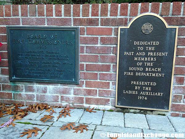 Memorials to Officials