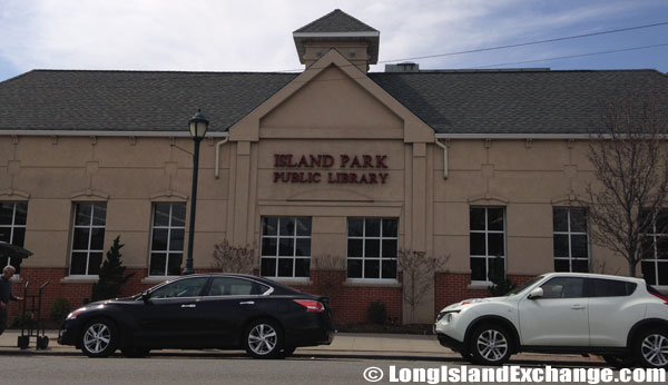 Island Park Public Library