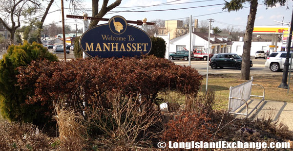 Manhasset Welcome Sign