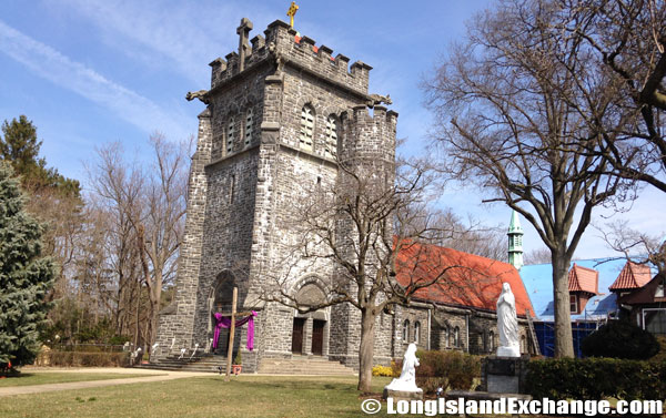 PortWashington_churches