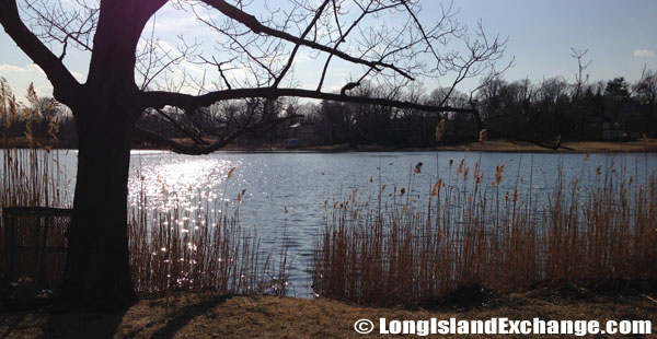 Kings Point Pond