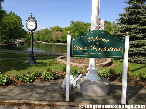 Hall Pond Park