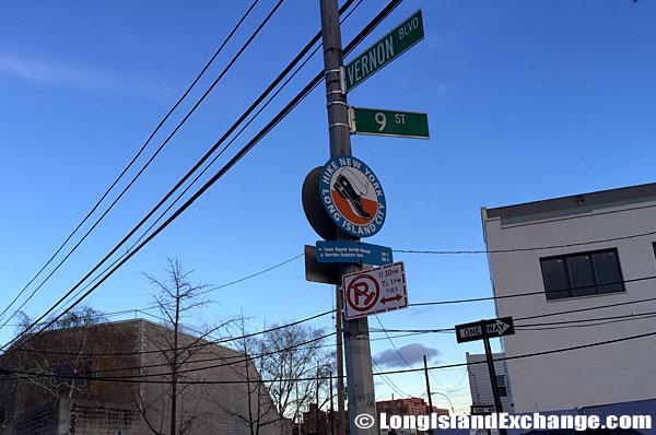 Vernon Boulevard