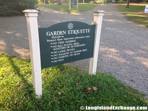 Garden Etiquette Sign