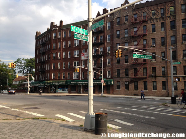 Myrtle Avenue and Park Lane South