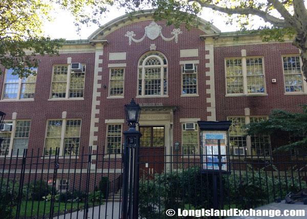 PS 98 The Douglaston School