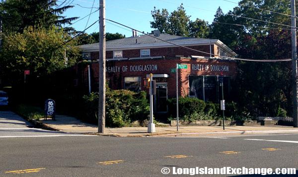 Douglaston Real Estate