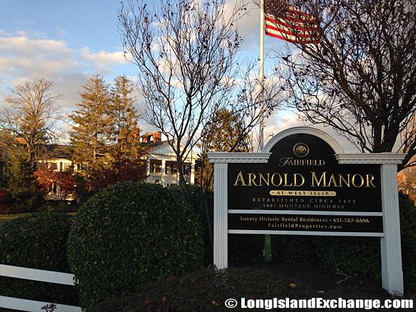arnold_manor